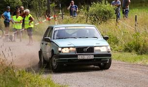 """Omutlige Kristoffer Karlsson tog ytterligare en seger i Rally Edane. Foto: Jan-Olov """"Lollo"""" Johansson"""