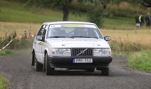 """Med ny motor i bilen tog sig Oscar Jansson """"hela vägen"""" och vann Elit B"""